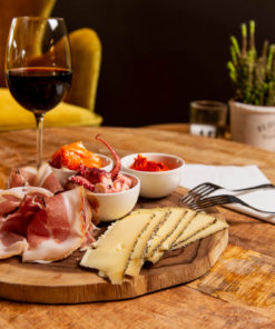 Kaas, vlees en tapas schotels